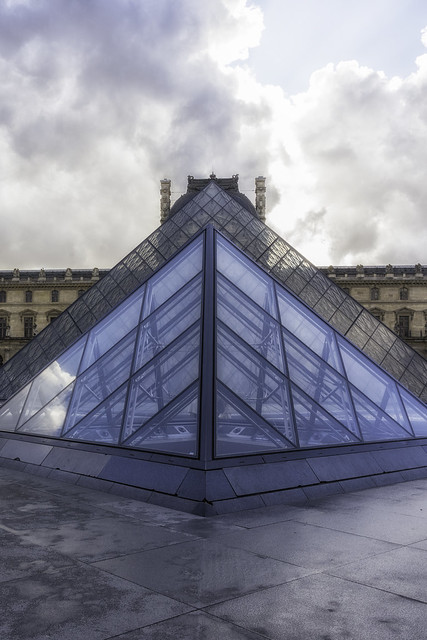 I M Pei Small Pyramid Main Pyramid and Louvre Paris France 01
