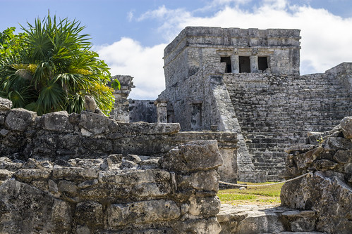 Close up of the columns in the ruins of Tulum, Mexico