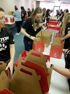 Volunteer fills bags