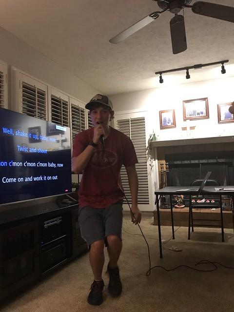 Karaoke Night - 2020-05-07 22.50.07