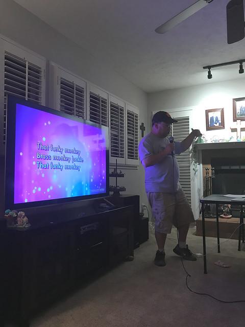 Karaoke Night - 2020-05-07 20.55.07