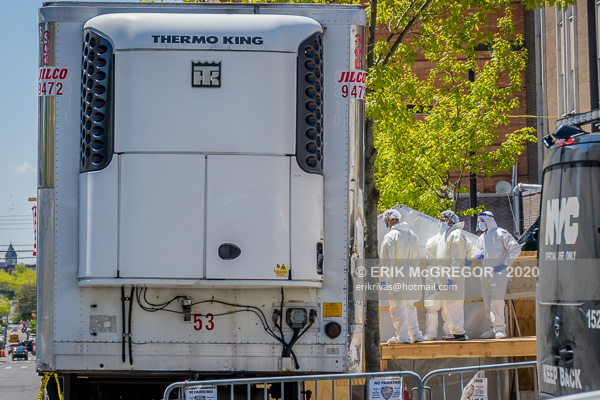 COVID-19 dead bodies stored in freezer trucks in Brooklyn