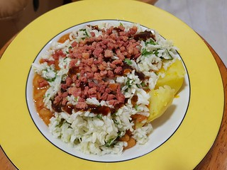 Baked Potato with Baked Beans, Coleslaw, Bacon Bits