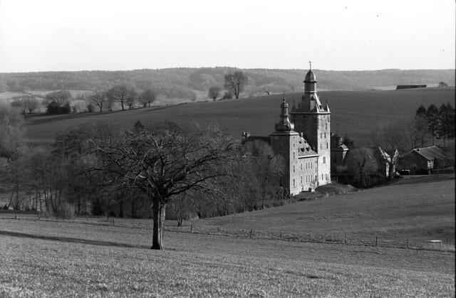 2019-09-30 Beusdael ChateauF. Voerstreek België-Belgique, Chateau Beusdael. ONLY PERSONAL COMMENTS NO LOGOS, THANK YO FOR YOUR UNDERSTANDING. © RESPECT THE COPY RICHT.