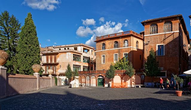 Tivoli Villa d'Este / Piazza Trento