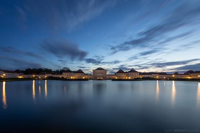 Schloss Nymphenburg zur blauen Stunde