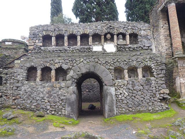 Pompeii - Necropoli di Porta Nuceria #7