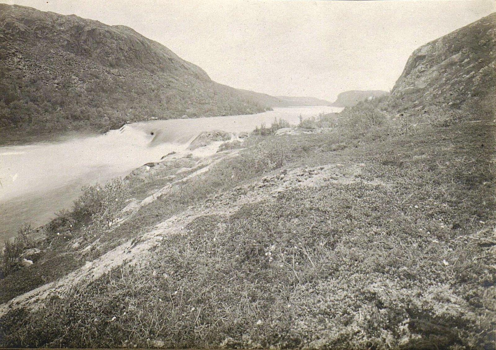 Водопад на Паз-реке