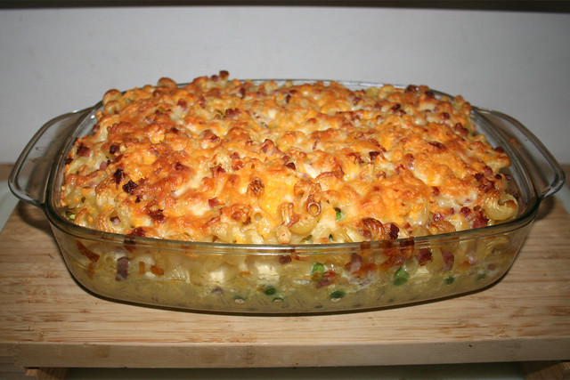 20 - Quick pasta bake - Finished baking / Blitz-Nudelauflauf - Fertig-gebacken