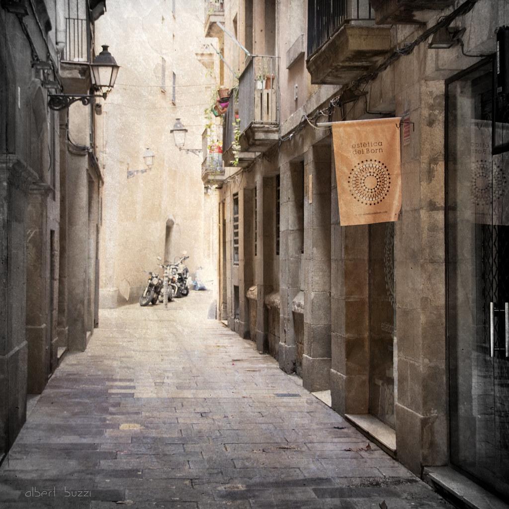 bBcn064:  Barcelona - Ciutat Vella - Sant Pere, Santa Caterina i La Ribera