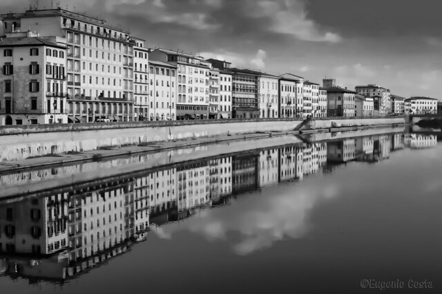 Lungarno di Pisa (B&W)