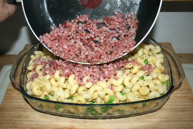 14 - Speck dazu geben / Add bacon
