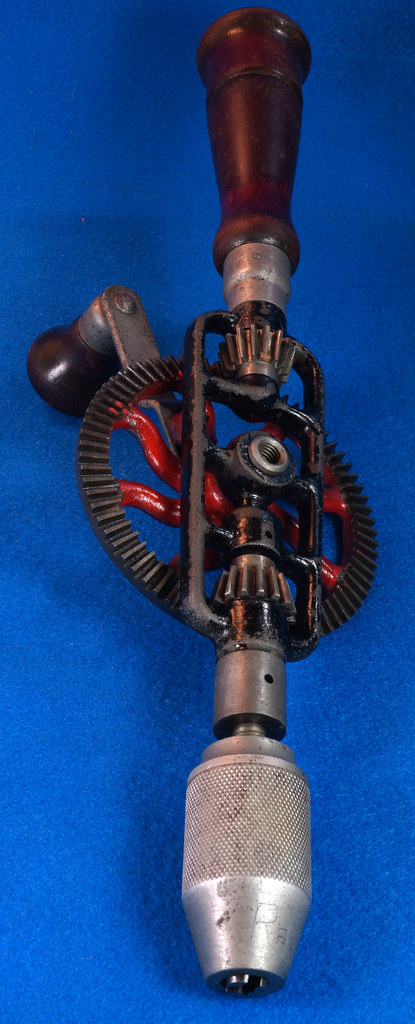 RD29024 Millers Falls No. 2 Vintage Woodworkers Egg Beater Hand Drill DSC04357