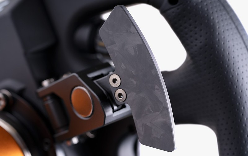 Magnetic shifters in an exclusive finish