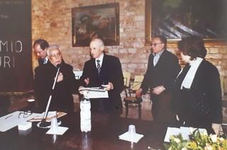 Stefano Rossi insignito del 'Premio Turi' 2001