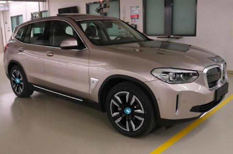 BMW-iX3 (1)