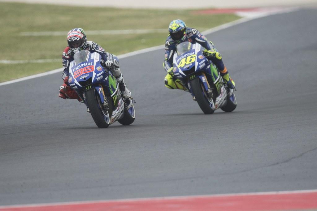 Jorge Lorenzo Feat Valentino Rossi