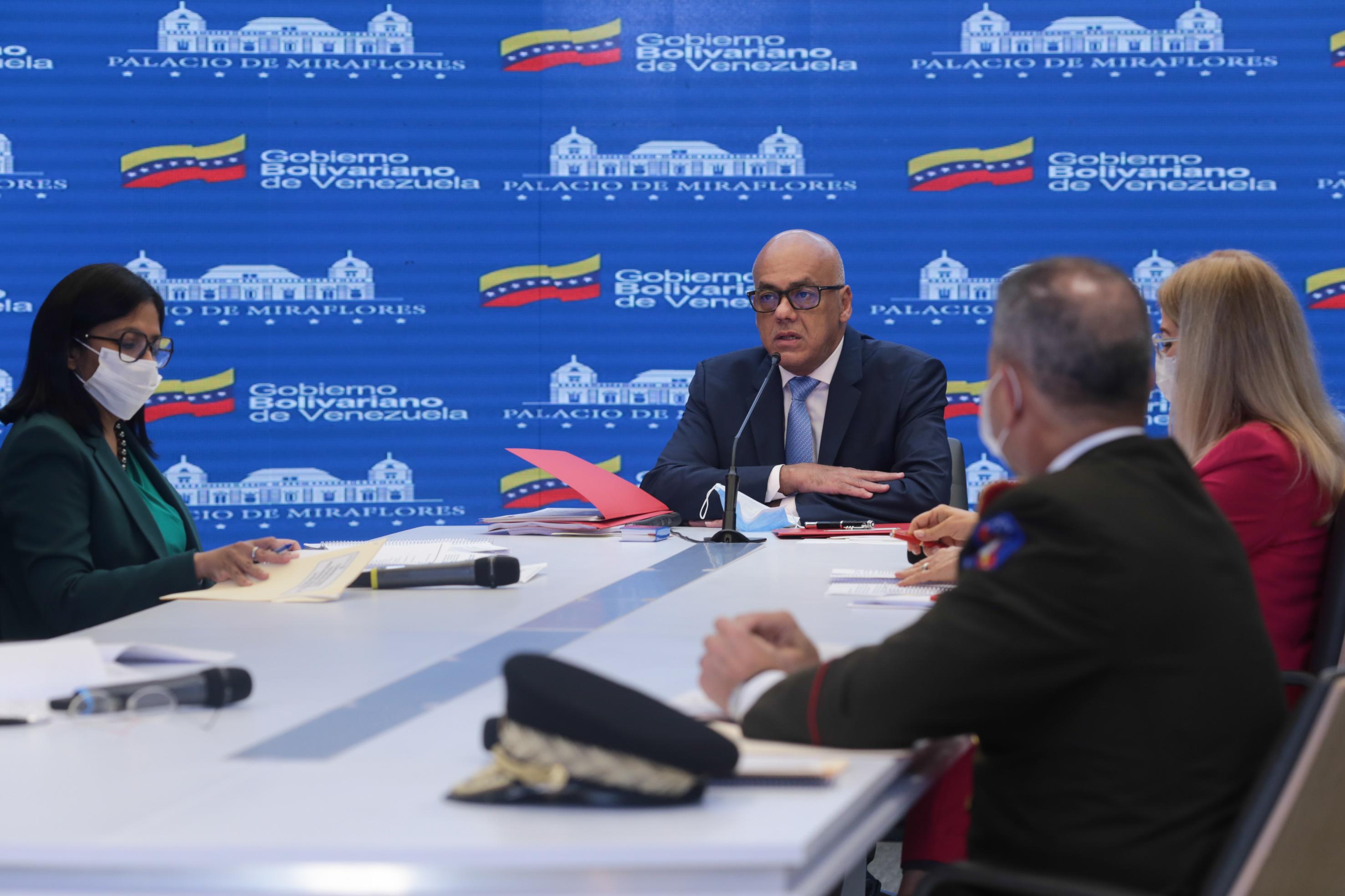 Contrato entre Guaidó y Silvercorp devela triángulo criminal encargado del plan terrorista contra Venezuela