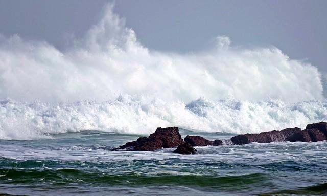 En alguna de las fases ¿nos dejarán abrazarnos a las olas?