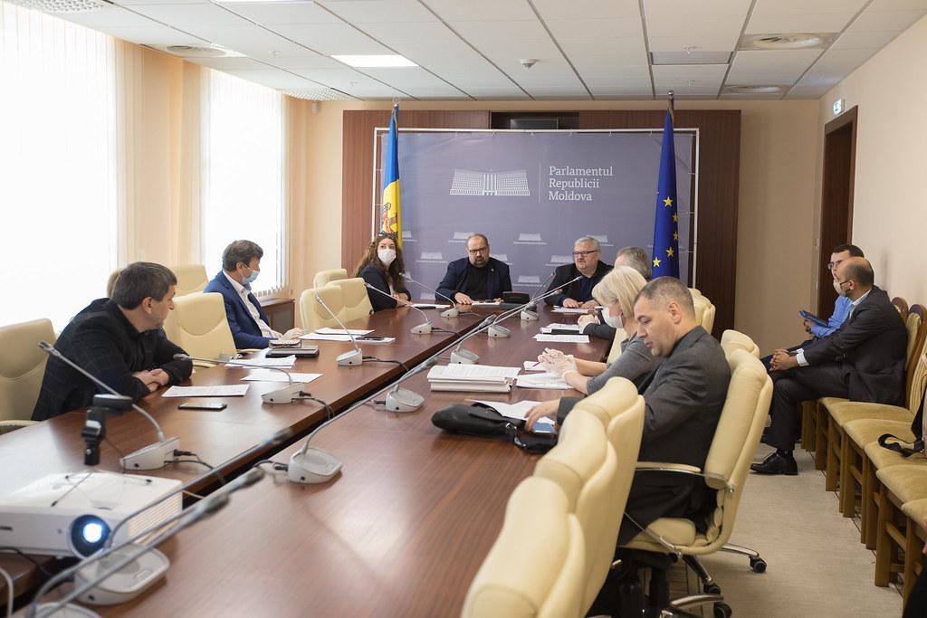 15.05.2020 Şedinţa Comisiei cultură, educaţie, cercetare, tineret, sport şi mass-media - 15 mai 2020
