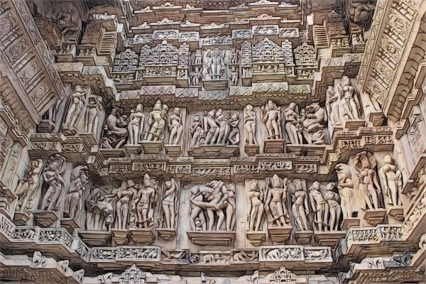 Khajuraho_LakshmanaTemple