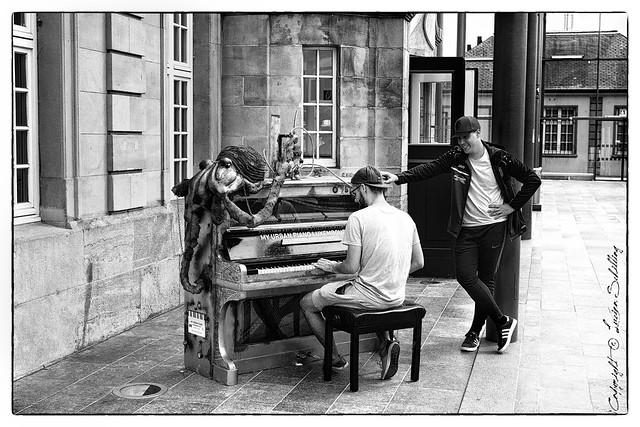 My Urban Piano #Sigma50mmArt #CanonPhotography