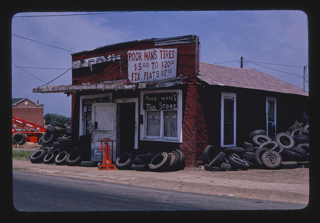 Poor Man's Tires, Greenwood Road, Shreveport, Louisiana (LOC)