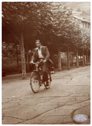 1955 - Bicicleta por El Paseo