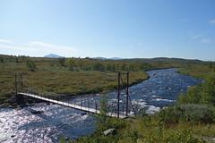 Passing the next bridge over Bárasjuhka.