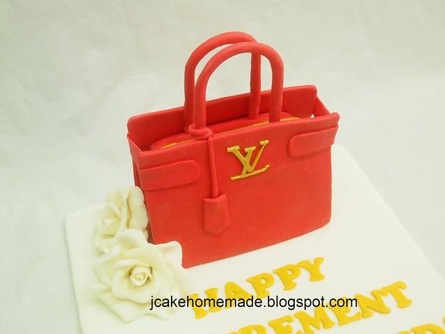 LV hang bag cake