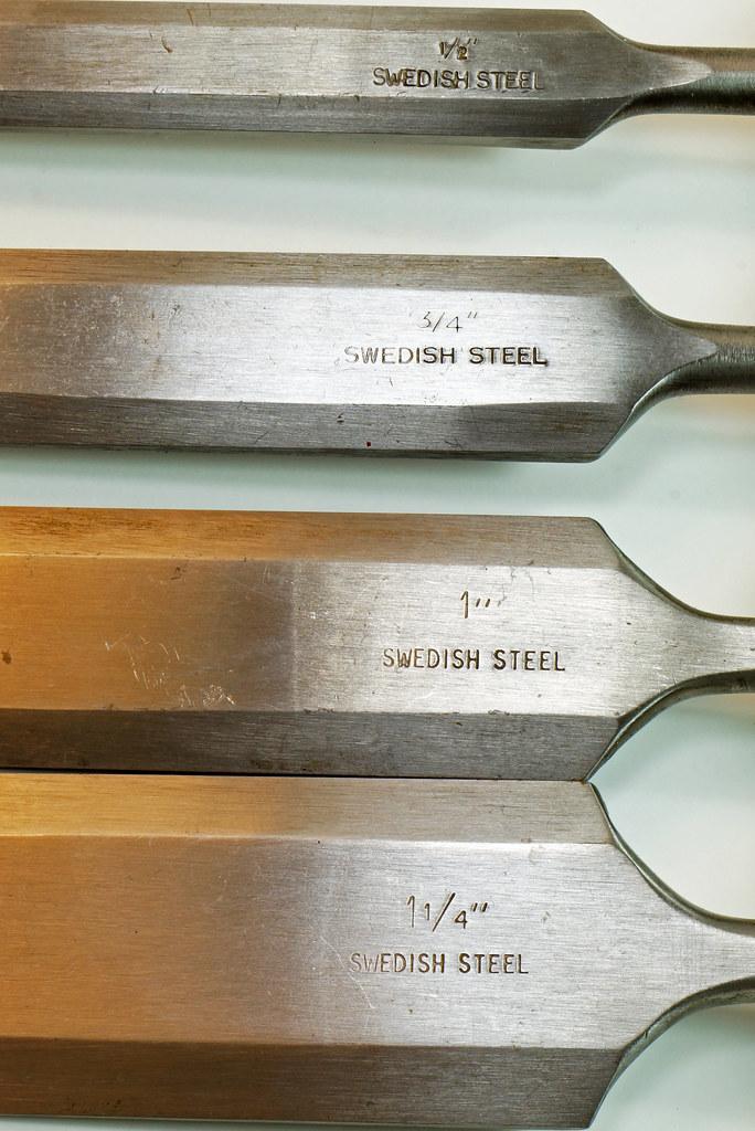 RD29652 4 Vintage Nooitgedagt Crown Swedish Steel Chisels DSC04533