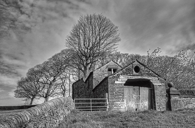 Upper Wynter Edge Farm - Hipperholme