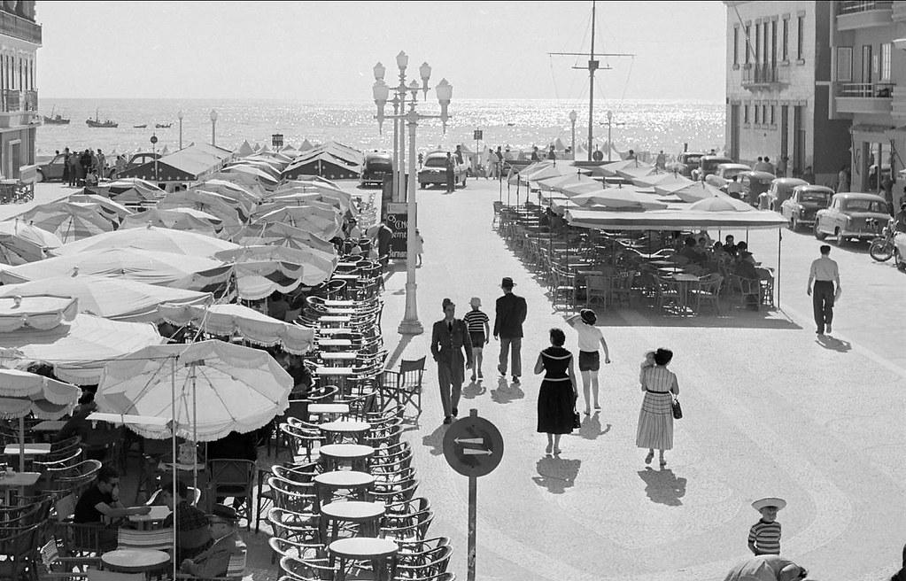 Esplanadas, Nazaré, 1954-57. Artur Pastor, in archivo photographico da C.M.L.