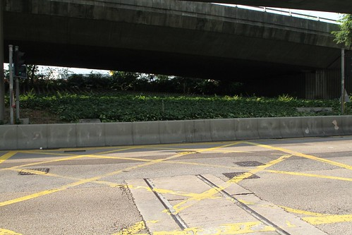 Disused straight section of track at the intersection of Chiu Kwong Street and Connaught Road West