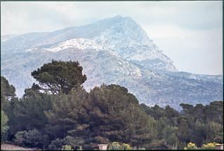 Montagne Saint-Victoire aix1974-490