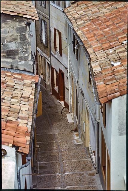 Street, Provence, 1974 aix1974-049