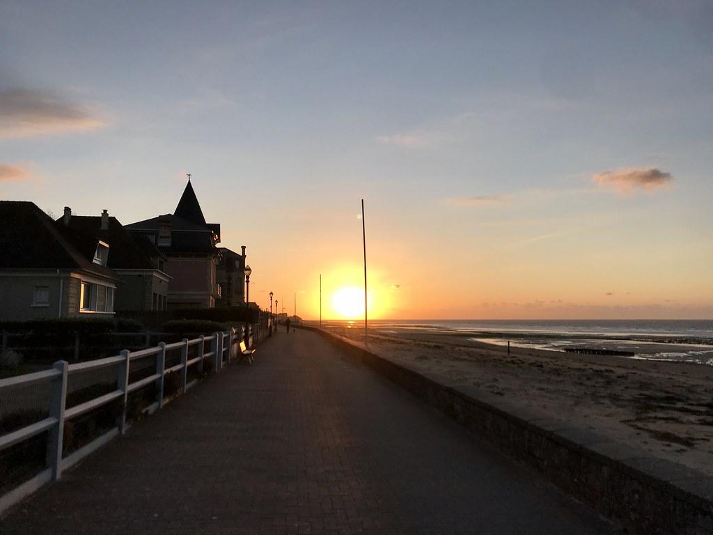 Coucher de soleil en Normandie lors du déconfinement