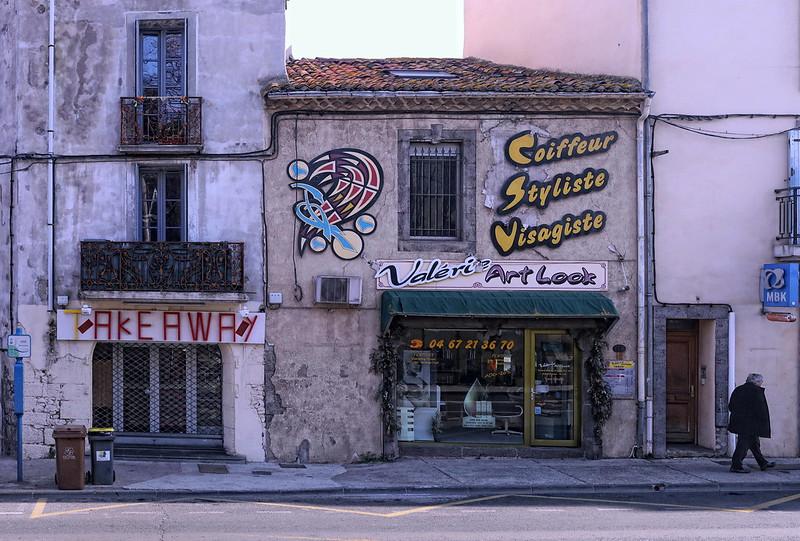 """IMG_6672A Sète :  """"Le Style et le Look"""" un art  local authentique et vivant . Sète: """"Style and Look"""" an authentic and lively local art."""