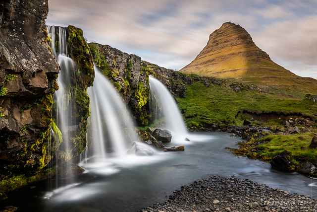 Kirkjufellsfoss Waterfalls and Kirkjufell Mountain (Iceland)