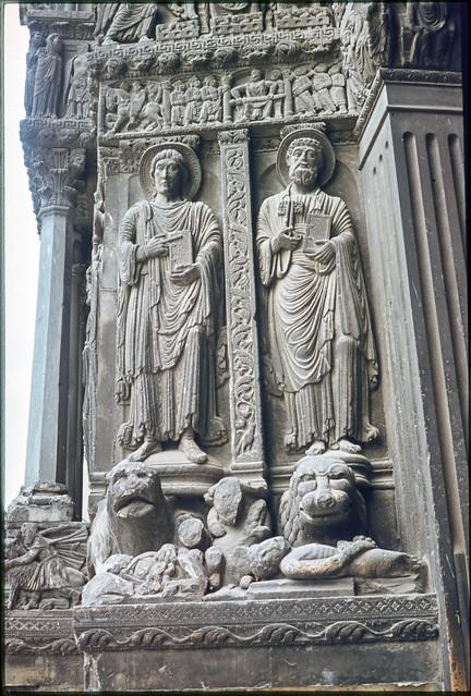 Sculpture, Provence, 1974 aix1974-043