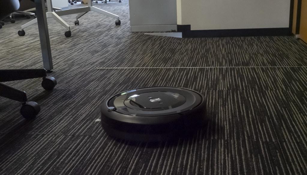 iRobot_Roomba_e5_04
