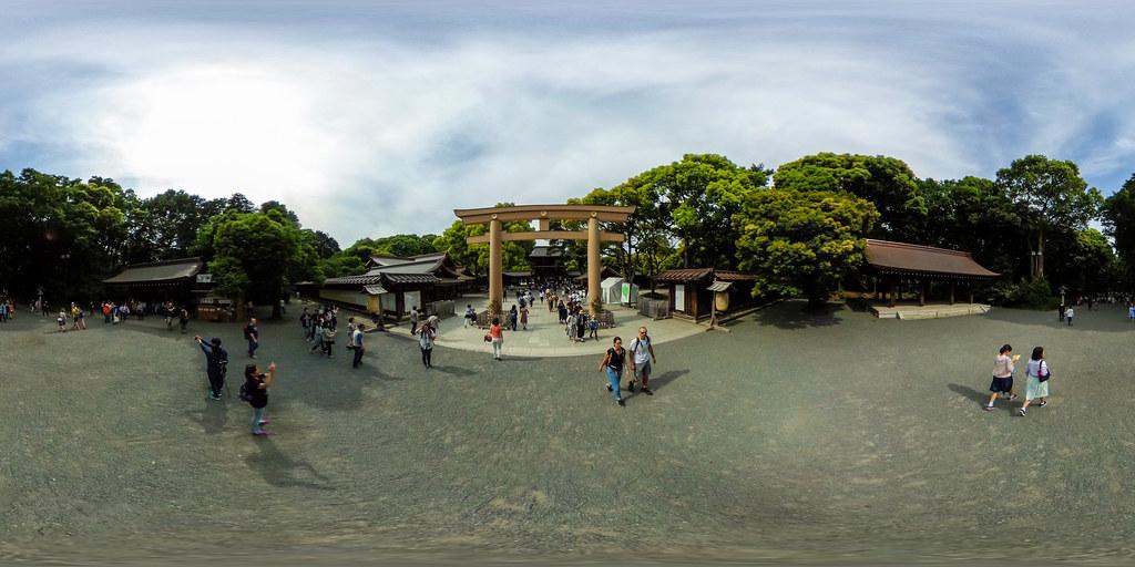 360°   Meiji Shrine