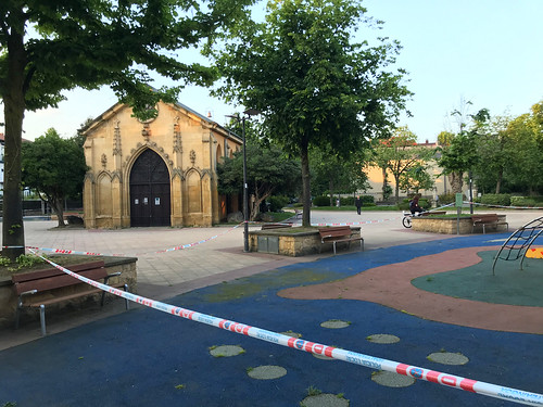 Parques infantiles cerrados, pero bares abiertos