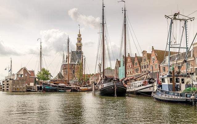 Past, present and future - Hoorn harbor!