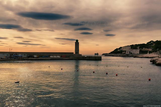 Le port de Cassis et son phare - 1L8A8780