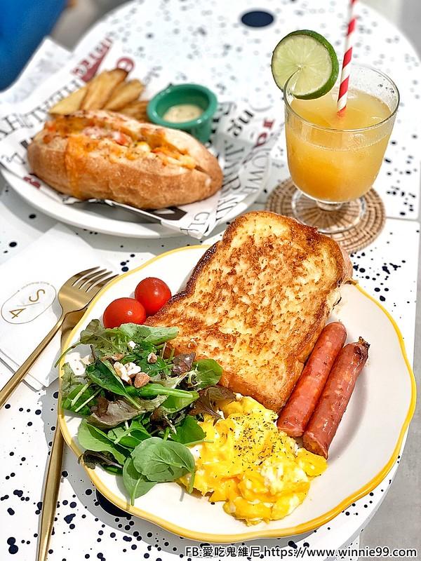Stunning cafe_200517_0010