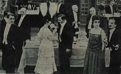 Maria Jacobini, André Habay, and Alberto Collo in La sfinge (1918)