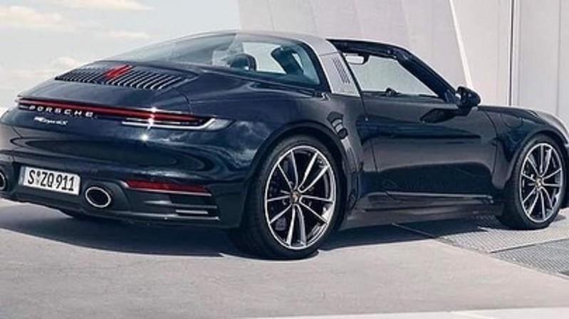 2021-Porsche-911-Targa-1
