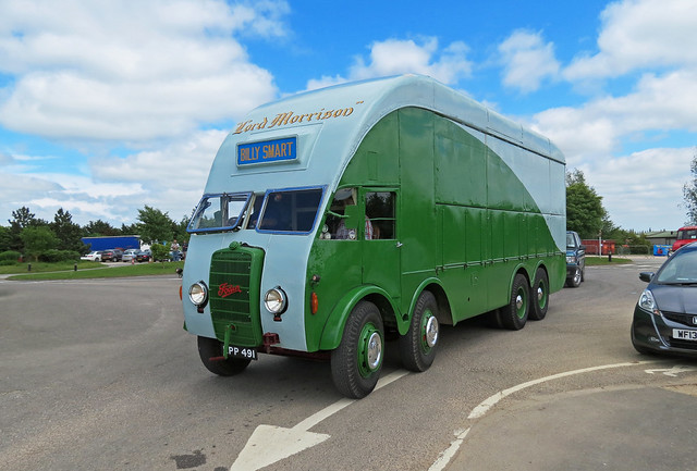 HPP491 1946 Foden DG15 Lord Morrison Billy Smarts Generator Lorry