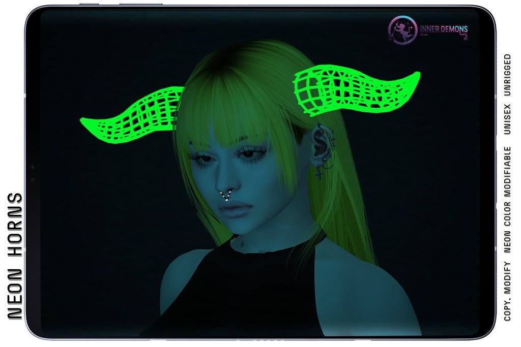 {ID} Neon Horns @ Sci-Fi Con 12 HUNT